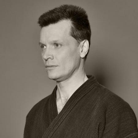 Тренер Станислав Владимирович ЛУКЬЯНОВ
